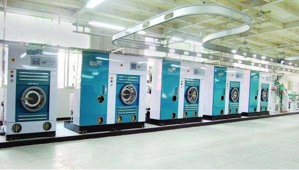 开启式干洗机和全封闭干洗机优缺点对比